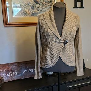 Knit Cardigan with Wood Button